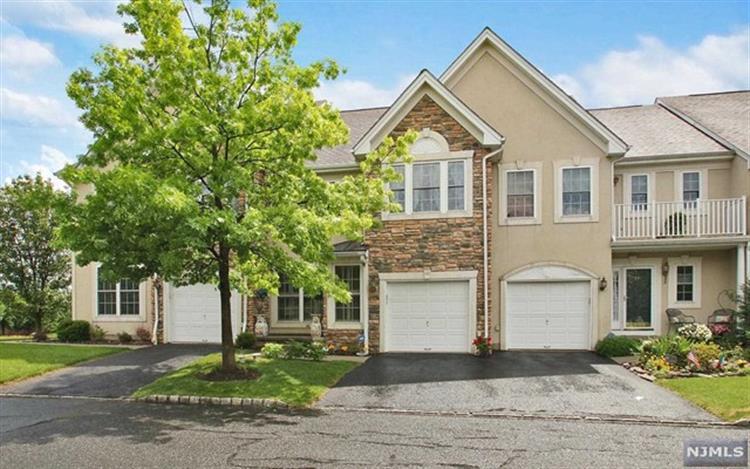 46 Birchwood Ln, North Haledon, NJ - USA (photo 1)