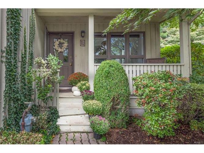 31 Tulip Tree Lane, Mamaroneck, NY - USA (photo 2)