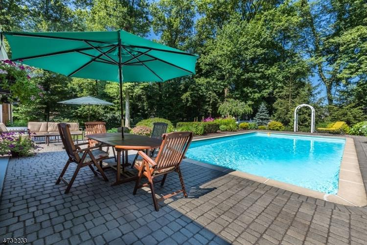 411 Glendale Rd, Wyckoff, NJ - USA (photo 2)