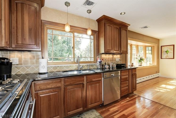 411 Glendale Rd, Wyckoff, NJ - USA (photo 3)