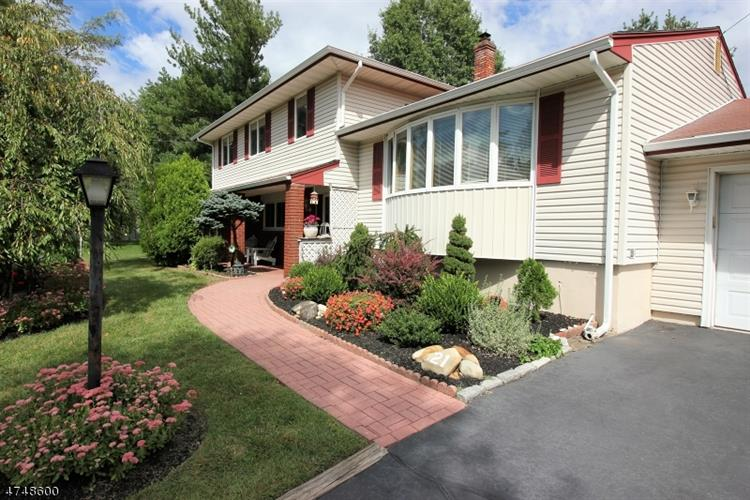 21 Jean Rd, East Brunswick, NJ - USA (photo 2)