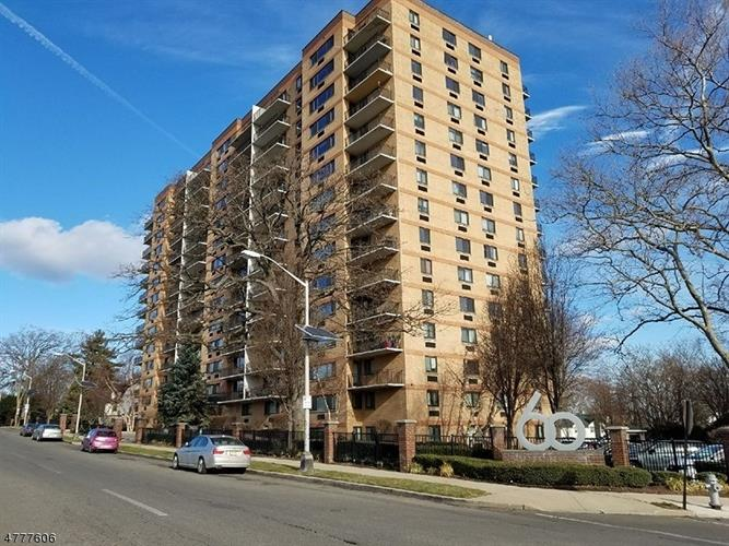 60 Parkway Dr E 15k, East Orange, NJ - USA (photo 1)