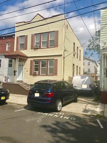 118 Seaview Ave, Jersey City, NJ - USA (photo 1)