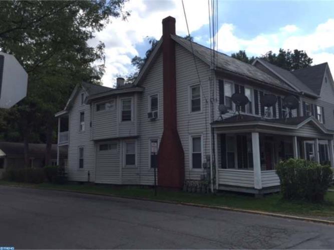 197 Washington St, East Stroudsburg, PA - USA (photo 4)