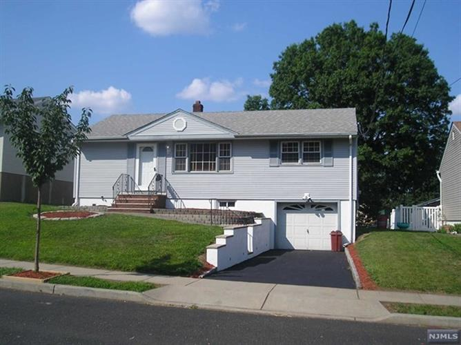 210 Rutherford Blvd, Clifton, NJ - USA (photo 1)