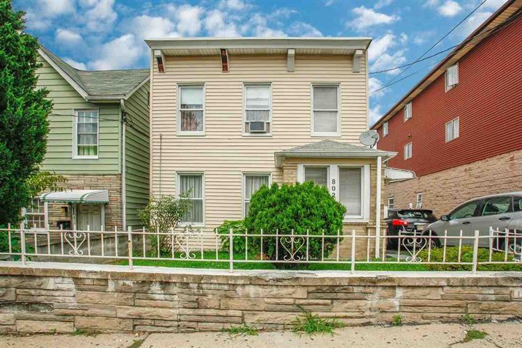 802 76th St, North Bergen, NJ - USA (photo 1)