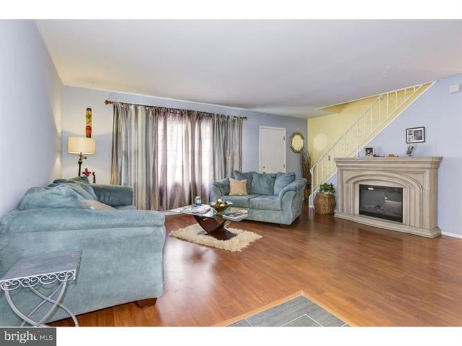 12 Marigold Lane, Willingboro, NJ - USA (photo 3)