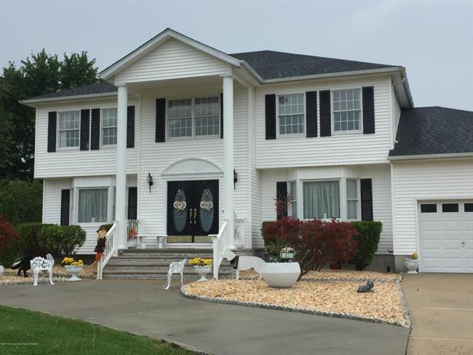57 Desai Court, Freehold, NJ - USA (photo 3)