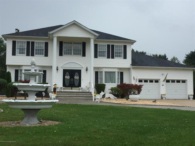 57 Desai Court, Freehold, NJ - USA (photo 4)