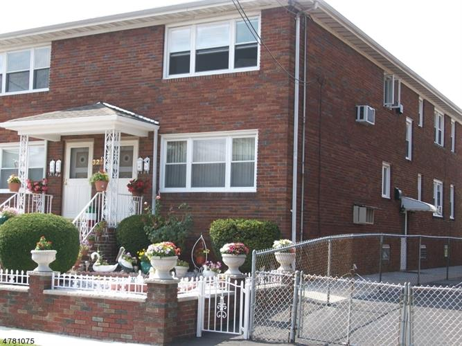 321-323 Redcliffe St, Elizabeth, NJ - USA (photo 2)