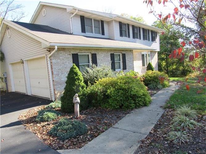 27 Chestnut Ridge Circle, Easton, PA - USA (photo 5)