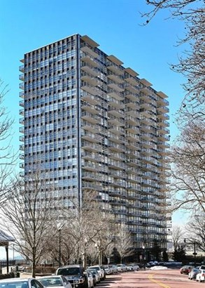 6050 Blvd East #8a, West New York, NJ - USA (photo 1)