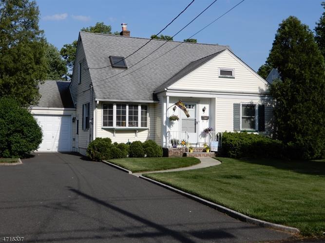 12 Algonquin Dr, Cranford, NJ - USA (photo 2)