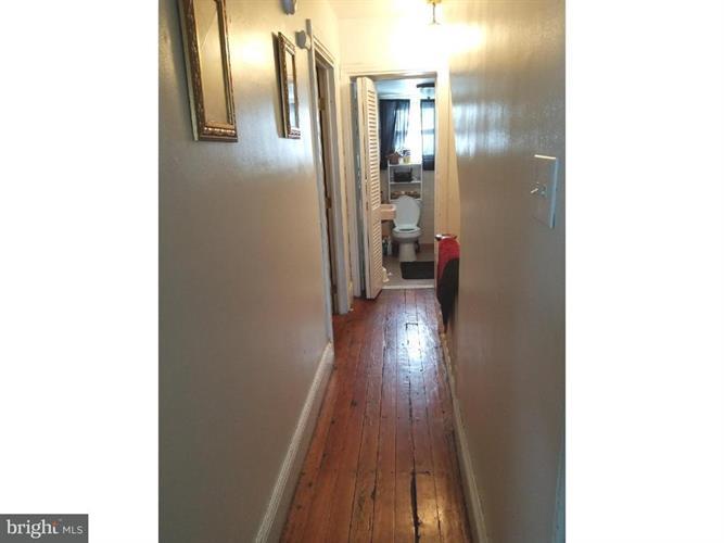 215 E Wood Street, Norristown, PA - USA (photo 3)