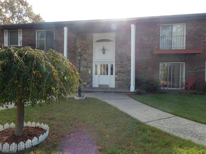 327 Ringwood Ave, Pompton Lakes, NJ - USA (photo 3)