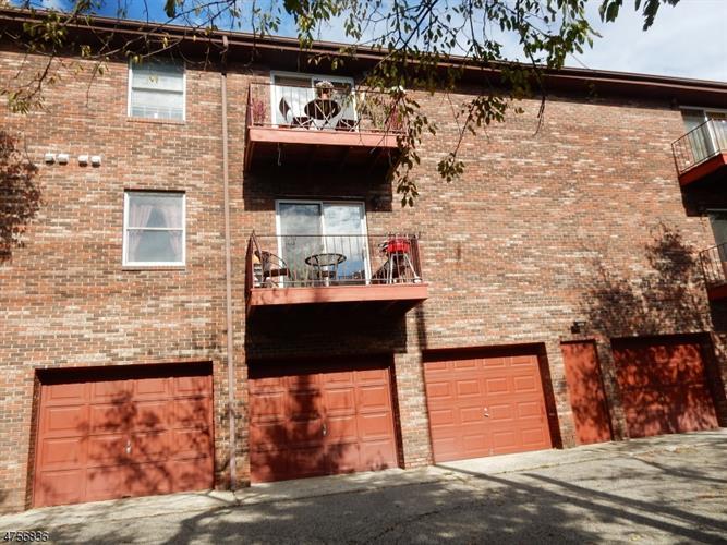 327 Ringwood Ave, Pompton Lakes, NJ - USA (photo 5)
