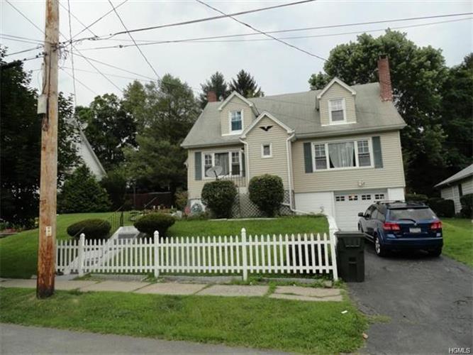 27 Roslyn Street, Ellenville, NY - USA (photo 2)