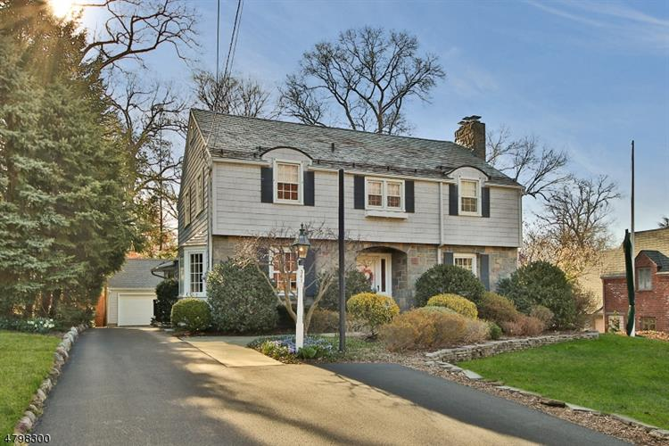 341 Beechwood Rd, Ridgewood, NJ - USA (photo 1)