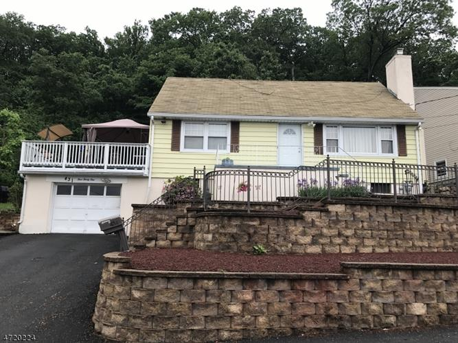 431 E Mcfarlan St, Dover, NJ - USA (photo 1)