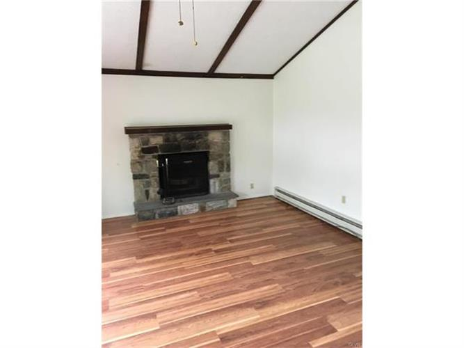 215 Penn Forest Trail, Albrightsville, PA - USA (photo 3)