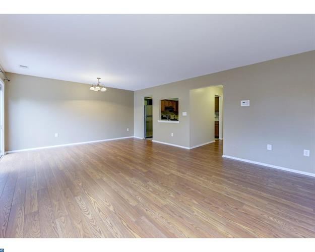 20 Exeter Ct, Bordentown, NJ - USA (photo 4)