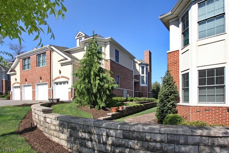 27 Cedar Gate Dr, Livingston, NJ - USA (photo 1)
