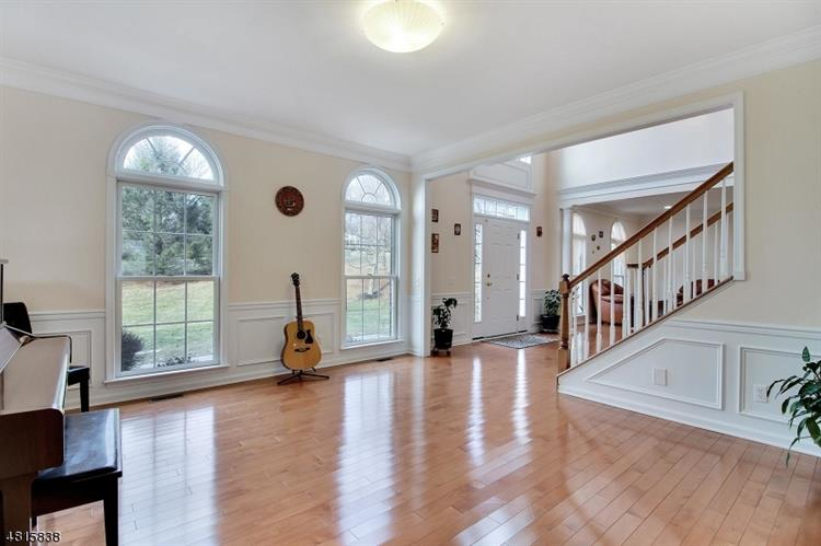 13 Oak Ln, Green Brook, NJ - USA (photo 4)