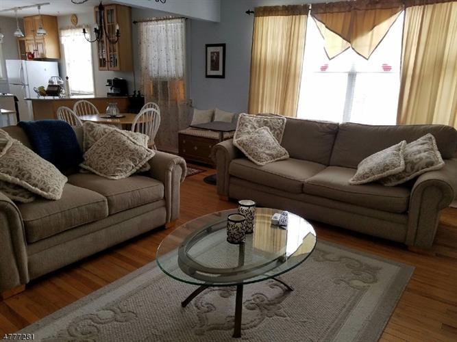 349 Bloomfield Ave, 13, Verona, NJ - USA (photo 2)