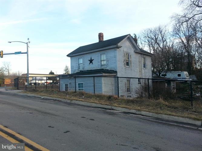 3 Duck Street W, Riverton, VA - USA (photo 1)