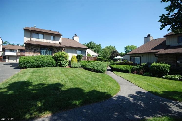 250 Ridgedale Ave L-1, Florham Park, NJ - USA (photo 1)