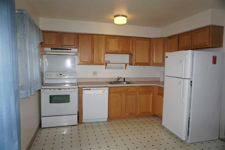 5 Wildwood Dr # 2d, Wappinger, NY - USA (photo 4)