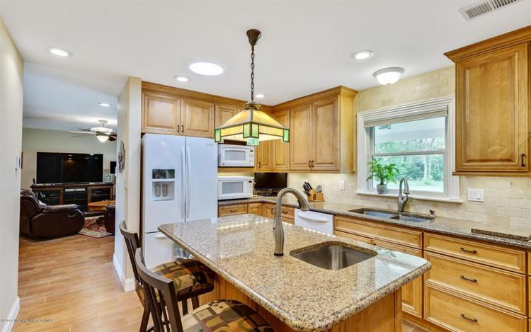 36 Patten Lane, Long Branch, NJ - USA (photo 5)