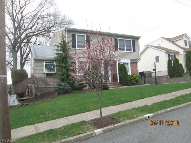 11 Clairmont Rd, Clifton, NJ - USA (photo 2)