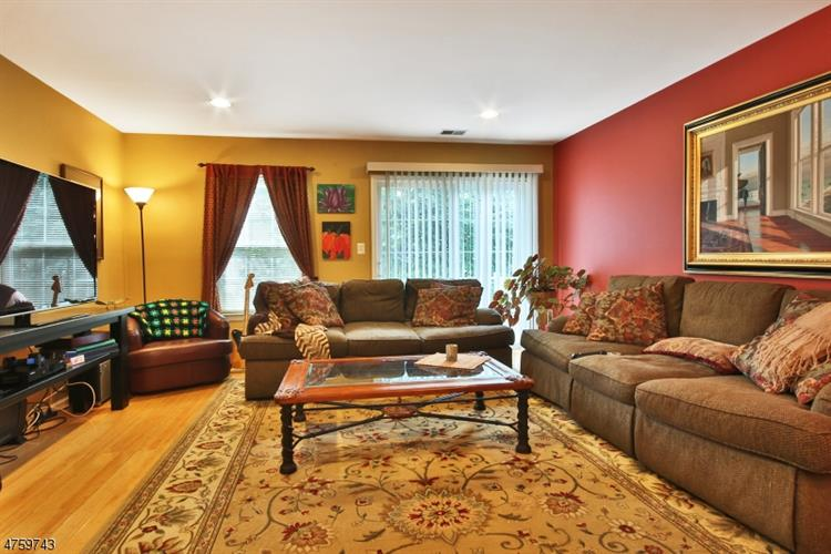 2270 Nash Ct, Mahwah, NJ - USA (photo 3)