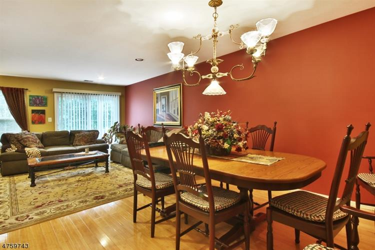 2270 Nash Ct, Mahwah, NJ - USA (photo 5)