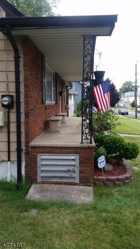 940 Mccandless Pl, Linden, NJ - USA (photo 3)