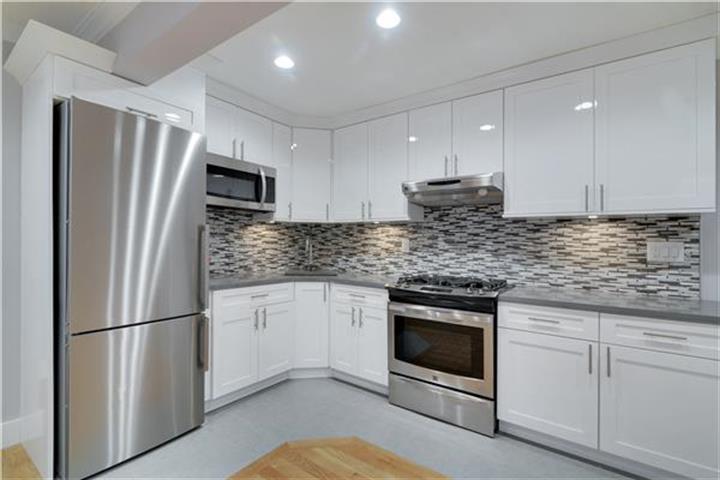 90-10 34th Avenue 6-i, Jackson Heights, NY - USA (photo 3)