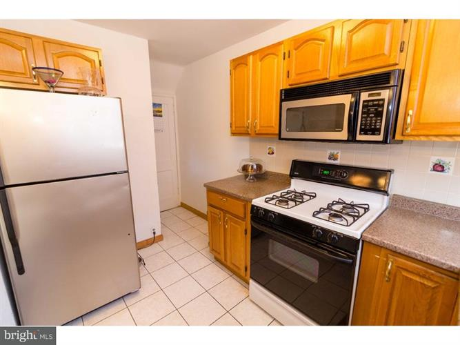 823 Duncan Avenue, Yeadon, PA - USA (photo 5)
