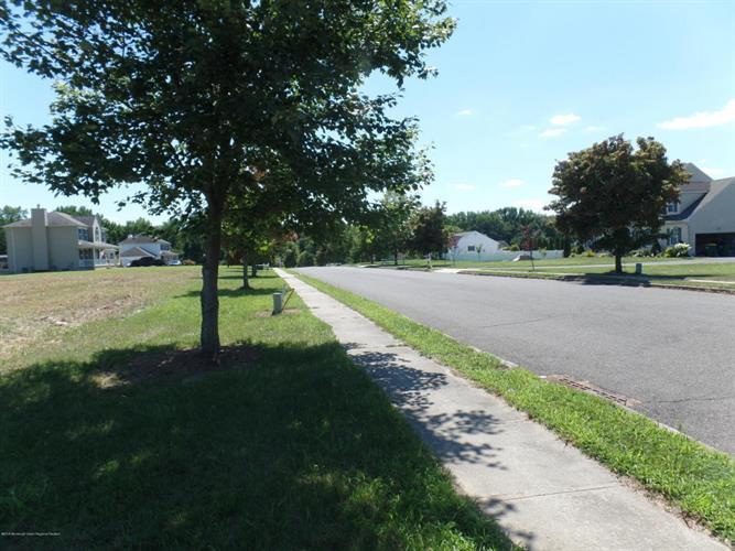 309 Fieldcrest Drive, New Egypt, NJ - USA (photo 2)