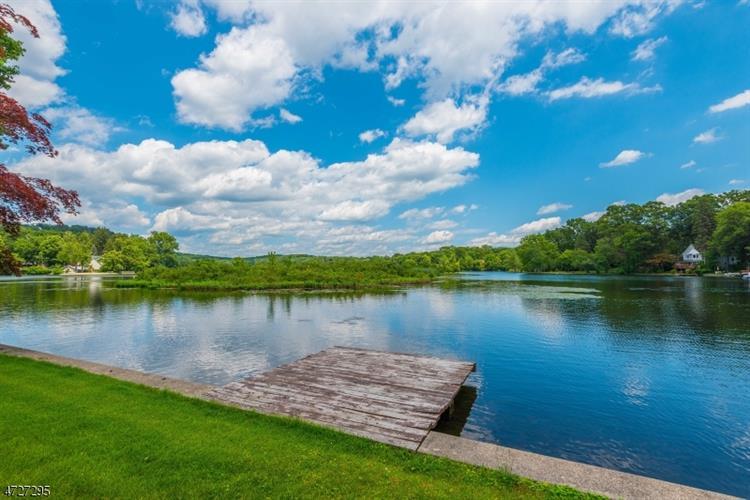 10 Cedar Lk W, Denville, NJ - USA (photo 2)
