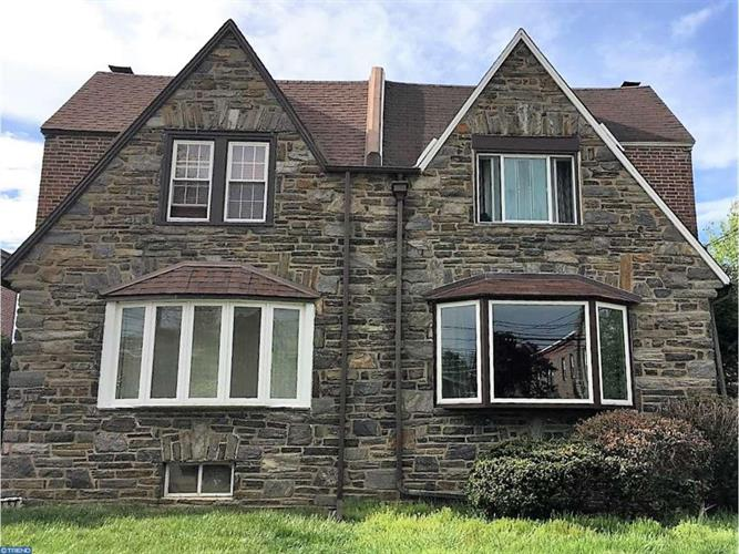 155 W Plumstead Ave, Lansdowne, PA - USA (photo 1)