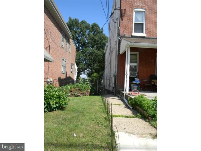 832 Stanbridge Street, Norristown, PA - USA (photo 5)
