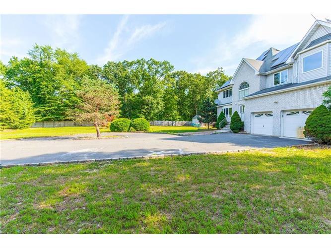539 Spotswood Englishtown Road, Monroe Township, NJ - USA (photo 2)