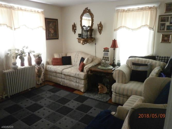 24 Colfax Ave, Wanaque, NJ - USA (photo 3)