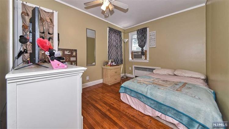 388 Joralemon St, Belleville, NJ - USA (photo 3)