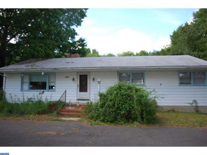 1351 Monmouth Rd, Hampton, NJ - USA (photo 1)