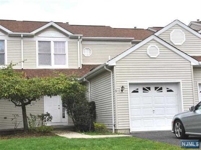 3 South Foxwood Square, Old Tappan, NJ - USA (photo 1)