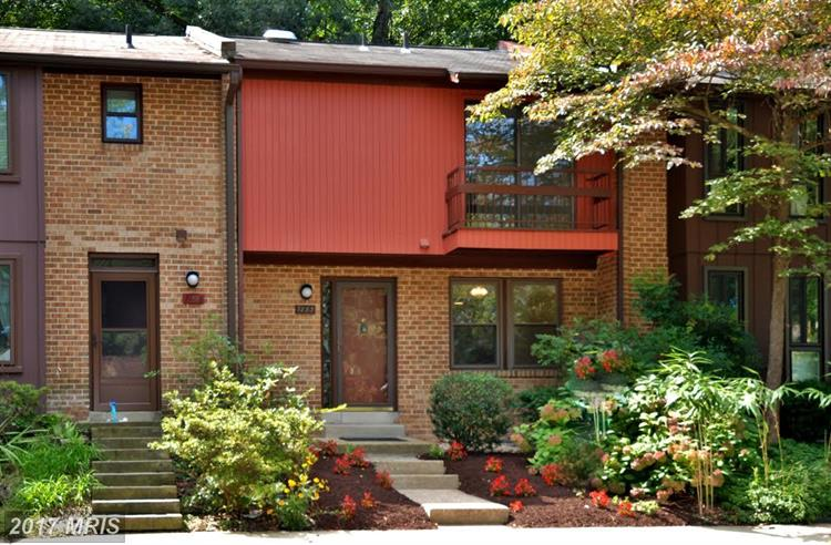 7883 Briardale Ter, Rockville, MD - USA (photo 1)
