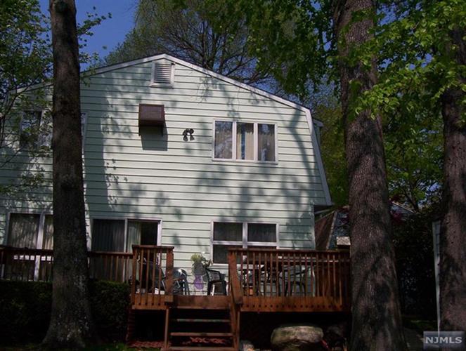 441 Lakeview Ave, Ringwood, NJ - USA (photo 4)