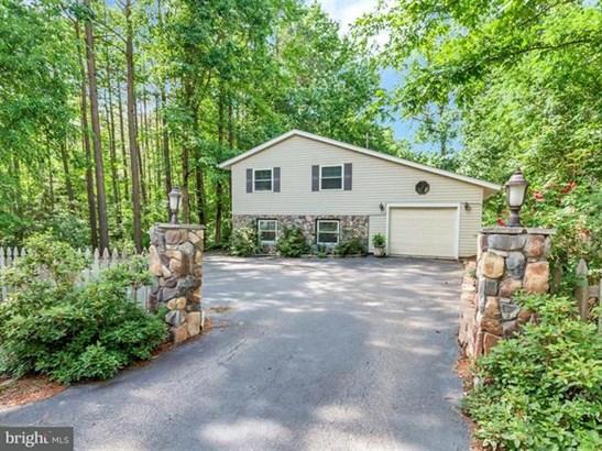 422 Lake Caroline Drive, Ruther Glen, VA - USA (photo 1)